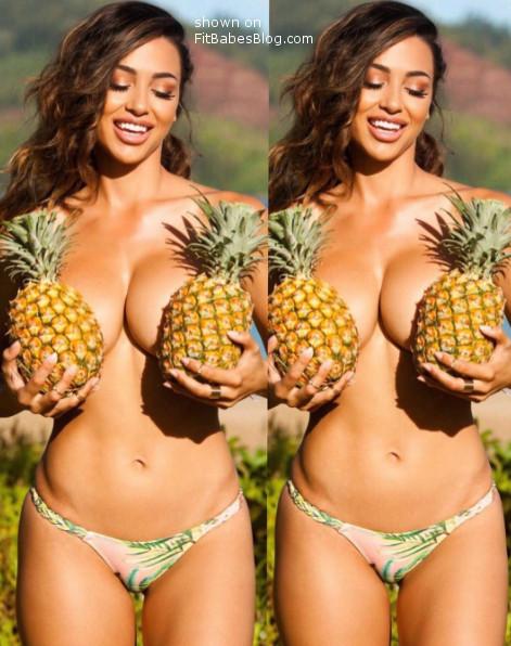 Ana Cheri topless 2