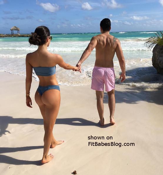 Jen Selter beach butt
